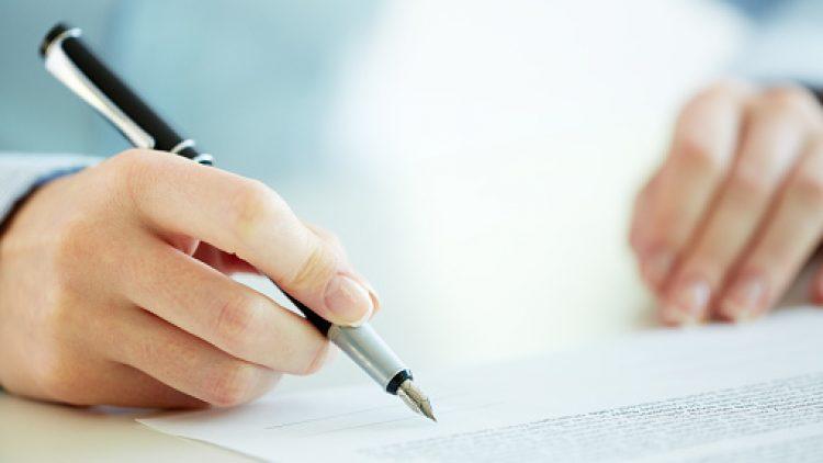 Menggantisipasi Risiko Bisnis dengan Membiasakan Diri Membuat Surat Kontrak