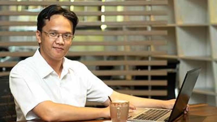 Menjadi Freelancer Sukses Ala Daniel G. Pratidya
